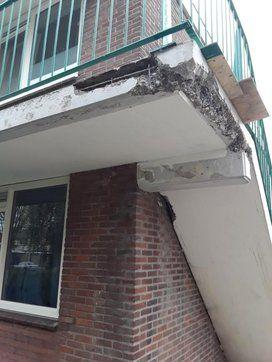 Verdieping bij contentblok betonschade Balkon - Betonreparatie AFB BALKON en CONSOLE - projecten - Schade balkon